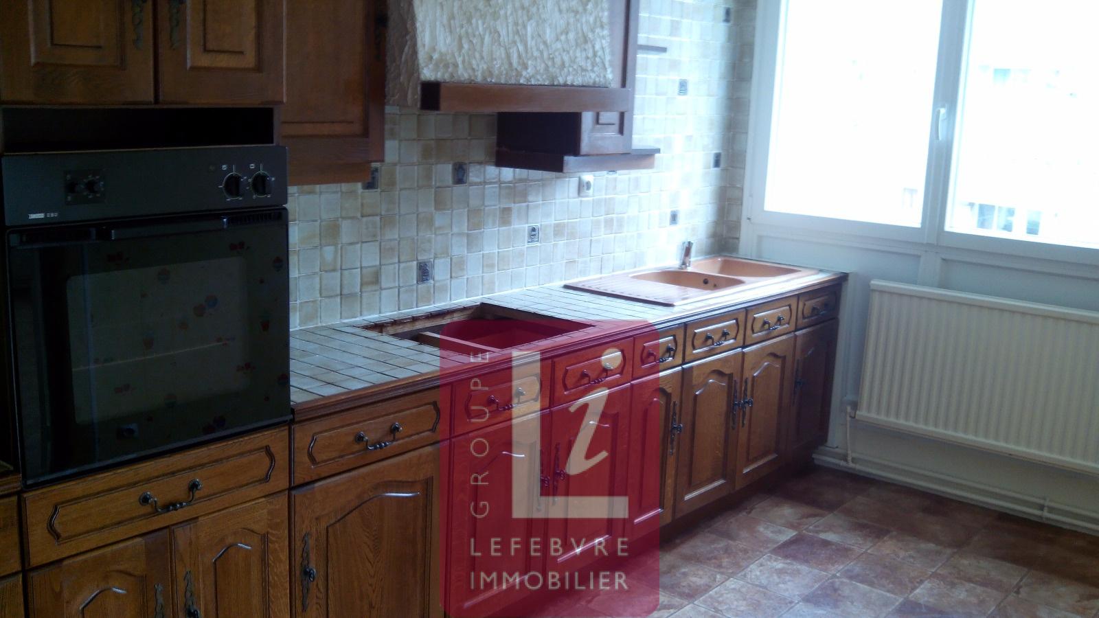 location mas088 appartement 2 chambres cuisine quip e. Black Bedroom Furniture Sets. Home Design Ideas